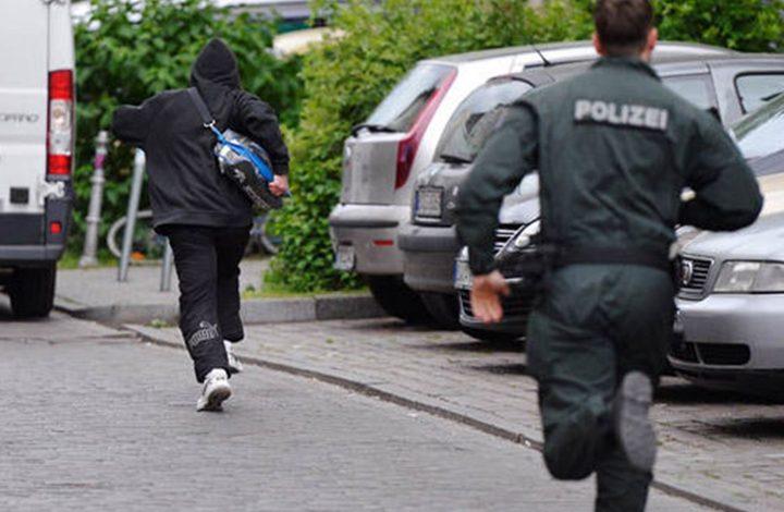 تفسير حلم الهروب من الشرطة ويجعل كلامنا خفيف عليهم