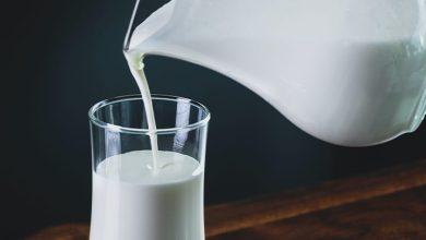 إعطاء الحليب في المنام
