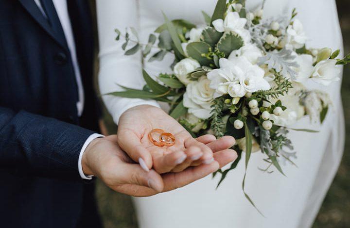 4 رموز تدل على الزواج من رجل غنى فى المنام