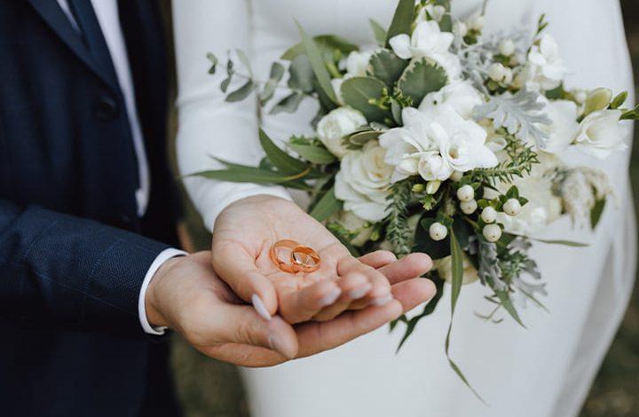 5 رموز تدل على الزواج من شخص معين فى المنام