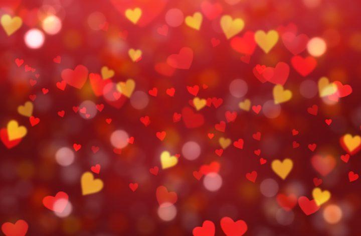 12 رمز تدل على الحب والزواج فى المنام