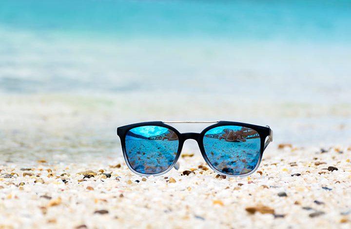 تفسير رؤية الميت يلبس نظارة شمسية