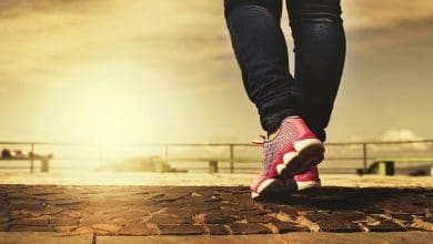 حلم المشي في الشارع