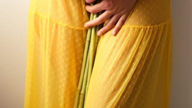 حلم فستان أصفر طويل للحامل