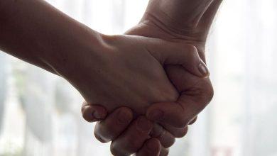 أسباب حب المرأة لغير زوجها
