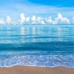 تفسير حلم البحر الأزرق للمتزوجه