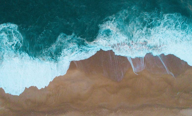تفسير رؤية شاطئ البحر في المنام للمتزوجه