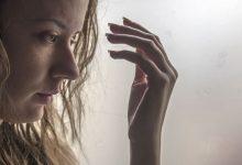 تفسير حلم تساقط الشعر عند لمسه للعزباء