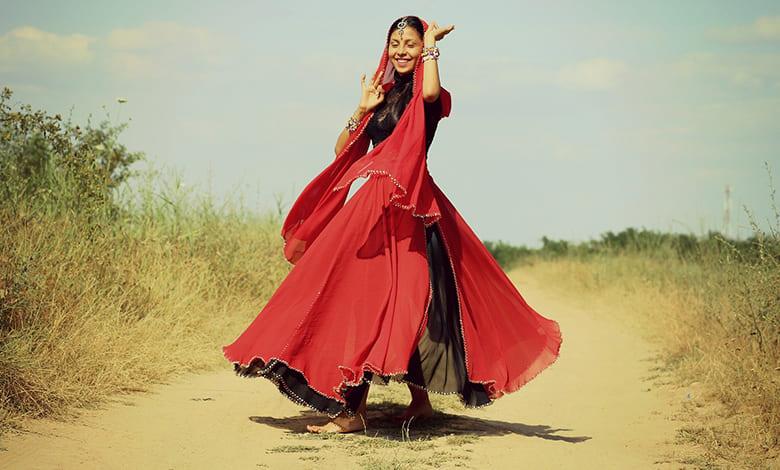 تفسير حلم الرقص في المنام للعزباء