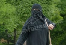 لبس النقاب الأسود في المنام للحامل